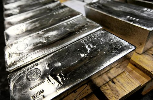 Silver Commercial Traders Decide Now Is The Time To Massively Cut Short Positions
